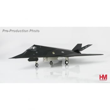 "Hobby Master 1:72 HA5801 1:72 Lockheed F-117A ""Nighthawk"" 81-0796 ""Fatal Attraction"", 415th TFS, Desert Storm 1991"