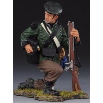 Thomas Gunn NAP020B Napoleonic British 95th Rifles Kneeling Reloading From Pouch - Cap
