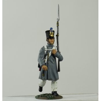 Britains 36094 - Napoleonic French Line Infantry Fusilier Marching in Great Coat #2