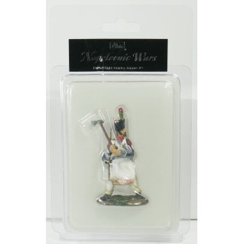 Britains 36004 - Napoleonic French Line Infantry Sapper #1