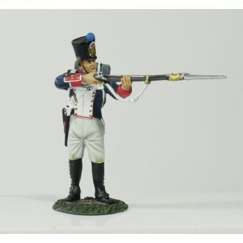 Britains 36042 - Napoleonic French Line Infantry Fusilier Standing Firing No.2