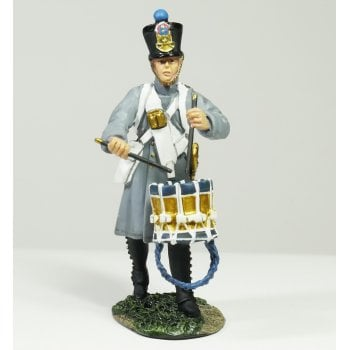 Britains 36079 - Napoleonic French Line Infantry Fusilier Drummer Marching No.1