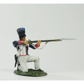 Britains 36080 - Napoleonic French Line Infantry Fusilier Kneeling Firing #1