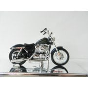 1:18 34360G Harley-Davidson 2012 XL 1200V Seventy-Two (Blue) Display Model